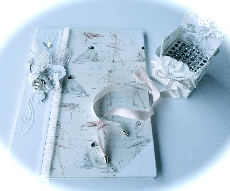 Conjunto boda: Carpeta nupcial más caja de alfileres.