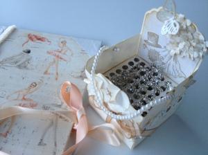 Caja de alfileres para boda